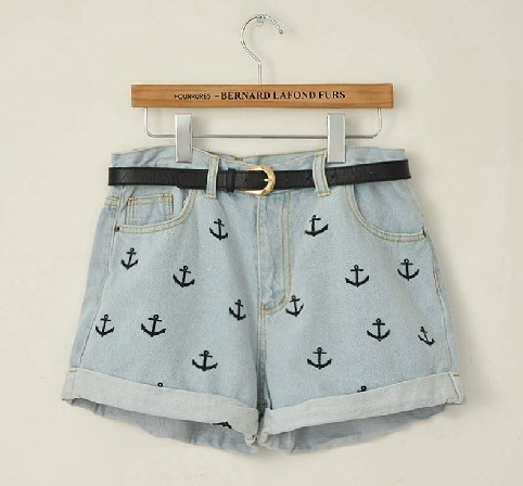 High Waisted Denim Short With Anchor Embroidery